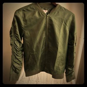 MOSSIMO OLIVE ARMY GREEN BOMBER JACKET